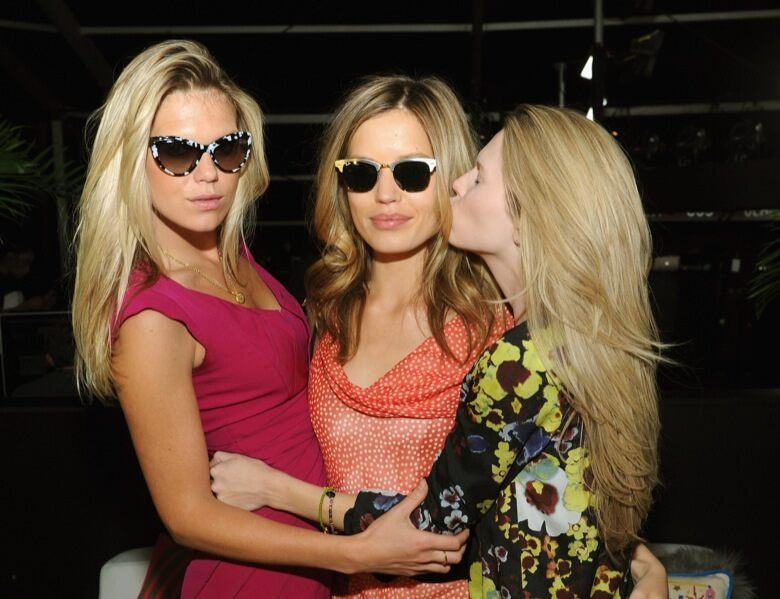 97d5ba573a7 Georgia May Jagger and the Richards sisters in Sunglass Hut sunglasses  brought summer