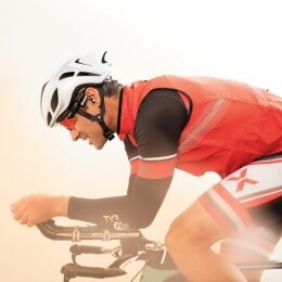 OAKLEY RADAR PACE: SMART EYEWEAR THAT SEEKS TO TRANSFORM HOW ATHLETES TRACK AND UNDERSTAND PERFORMANCE - 3