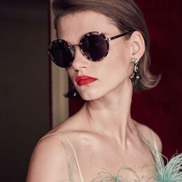 PRADA EYEWEAR PRESENTS THE NEW PRADA CINÉMA EYEWEAR FILM. LET'S ALL GO TO THE LOBBY!