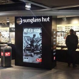 ad1936a393 Sunglass Hut opens its first store in Germany  willkommen in Düsseldorf!