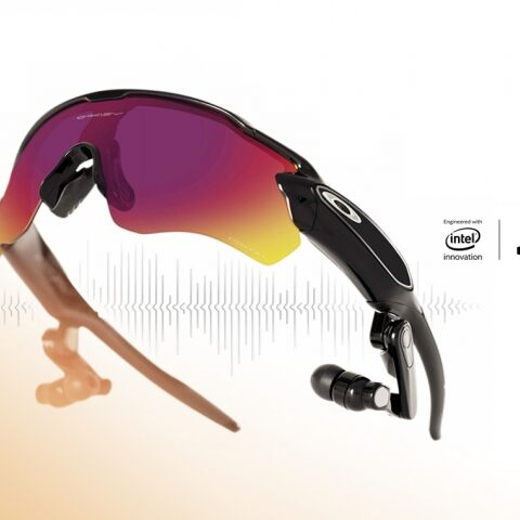 OAKLEY RADAR PACE: SMART EYEWEAR THAT SEEKS TO TRANSFORM HOW ATHLETES TRACK AND UNDERSTAND PERFORMANCE