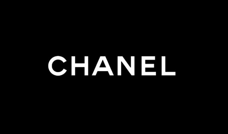 Luxottica and CHANEL announce new license agreement