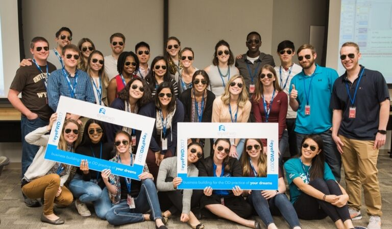 Luxottica announced 2017 Optometry Scholarship Winners