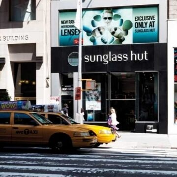 Sunglass Hut – 5th Avenue New York