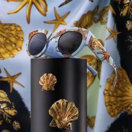 Versace celebra il suo DNA con uno sguardo al futuro